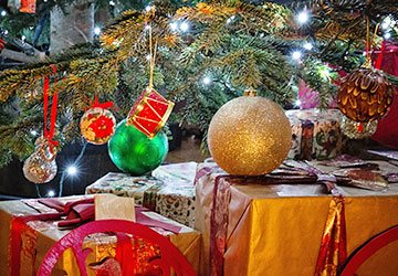 gifts-under-the-tree-360x250px